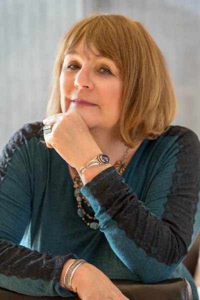 About Leslie Carol Botha